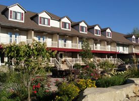 Bachelor and Bachelorette party accomodations - A photo of the Put-in-Bay Villas Rental Units.